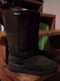 Bear Paw Boots Chocolate Brown Sheepskin /Wool Calf High Sz 10 #Bearpaw #MidCalfBoots Bear Paws, Bearpaw Boots, Mid Calf Boots, Chocolate Brown, Calves, Baby Cows, Bear Claws