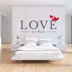 Personaliza nuestro vinilo decorativo para el cabezal de tu cama. Escoge el color y el tamaño según tus gustos y podrás decorar tu casa con vinilos decorativos