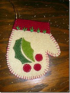 Cute wool felt mittens!  :)