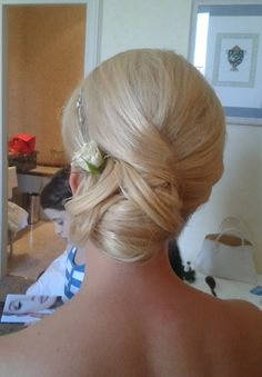 side bun by Janita Helova, Rome Italy   http://www.hairmakeupnails-rome.com/