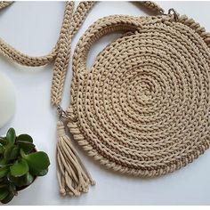 Best 11 Knitted Bags Knitting Patterns Step Stools Tulips Strands Dish Towels Mesh Farmhouse Rugs Make Up – SkillOfKing. Crochet Wallet, Bag Crochet, Mode Crochet, Crochet Clutch, Crochet Handbags, Crochet Purses, Crotchet Bags, Knitted Bags, Purse Patterns Free