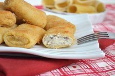 Paccheri fritti, scopri la ricetta: http://www.misya.info/2015/09/19/paccheri-fritti.htm