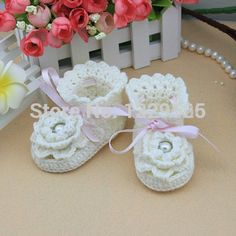 Sapatas bonitas do bebê handmade branco Crochet sapatinho de bebé / toddle macio bebê furadas sandálias para 0-12 meses do bebê(China (Mainland))