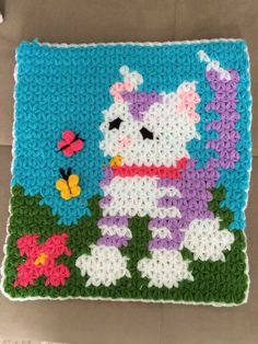 This Pin was discovered by HAC Crochet Potholder Patterns, Crochet Mat, Crochet Stitches, Crochet Videos, Baby Kind, Pixel Art, Pot Holders, Crochet Projects, Diy And Crafts