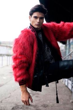 I got this insatiable appetite for fur and leather these days... It's ridiculous!