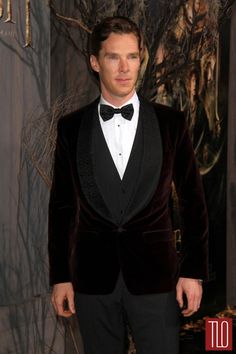 "Benedict Cumberbatch at ""The Hobbit"" Premiere - not bad not bad at all #redcarpet #redcarpetfashion #clichemag"