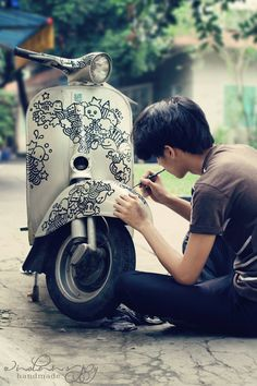 I would love to own a Vespa and put my own paintings on it!