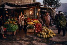 Street Food | Steve McCurry pul i khumri, afghanistan