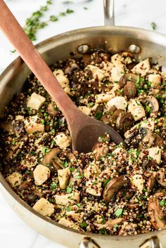 This mushroom chicken and quinoa recipe is flavorful, satisfying, and healthy too! Ready in only 30 minutes, it's the perfect recipe for a busy weeknight.