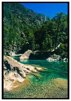Río Azul, El Bolsón, Prov. Río Negro. Argentina Largest Countries, Countries Of The World, America And Canada, South America, Patagonia, The Good Place, Natural Beauty, Beautiful Places, Places To Visit