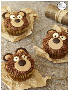 ildiKOKKI: Macis muffin Teddy Bear Cupcakes, Masha And The Bear, Holiday Fun, Holiday Ideas, Baby Food Recipes, Gingerbread Cookies, Fondant, Muffins, Desserts