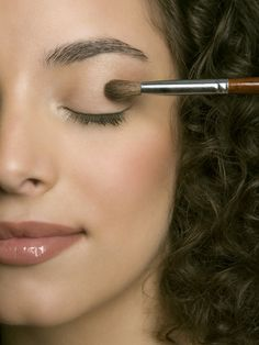 This step-by-step guide to applying eyeshadow makes your precise eye shape look even prettier.
