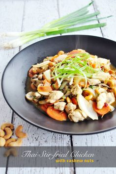 Thai Stir-fried Chicken W/ Cashews. Thai Stir-fried Chicken W/ Cashews - An authentic Thai stir-fried chicken with loads of veggies and cashew nuts. Perfect with rice! Entree Recipes, Asian Recipes, Healthy Recipes, Chinese Recipes, Sweets Recipes, Healthy Dinners, Chinese Food, Desserts, Cashew Chicken