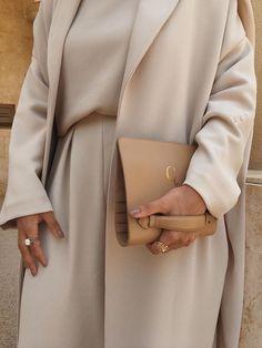 Modest Fashion Hijab, Modern Hijab Fashion, Modesty Fashion, Muslim Fashion, Fashion Outfits, Blazer Outfits Casual, Casual Hijab Outfit, Business Casual Outfits, Modest Wear