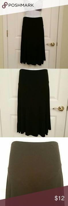 Motherhood Maternity Skirt VGUC. Very comfy. Black in color. Size M. Motherhood Maternity Skirts Midi