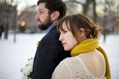 aqua-yellow-woodenlog-wedding-10.jpg (600×399)