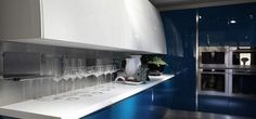 DuPont works with architects and designers all over the world to ensure they achieve the finest results in Corian®, no matter what the (. Corian Dupont, Scavolini Kitchens, Corian Worktops, Corian Solid Surface, Best Places To Live, Construction Materials, Kitchen Countertops, New Kitchen, Surface Design