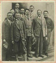 A nice group photo of Nazi-Oberhäupter (leaders): Wilhelm Frick, Adolf Hitler, Fritz von Epp, Hermann Göring, Heinrich Himmler, Martin Mutschmann, Otto Strasser, Joseph Goebbels & Julius Schaub, Bad Elster, 1930.