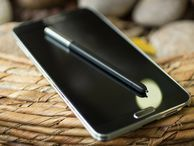 Galaxy S4 and Note 3 KitKat update stops cheating - report Android 4.4 KitKat has cleaned up the reputations of Samsung's superphones, with the flagship devices no longer artificially boosting their benchmarks.