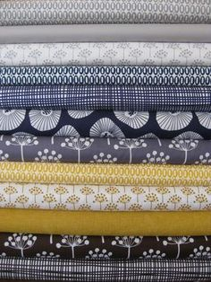New bundle at Fabricworm. Echo and Pezzy prints in the same grouping? I'm nearly fainting! This photo is from Fabricworm.