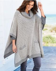 Discover our women's knitwear collection and shop securely online. Knitting Designs, Knitting Patterns, Loom Knitting, Poncho Outfit, Winter Work Fashion, Hippie Outfits, Crochet Poncho, Crochet Clothes, Clothing Patterns