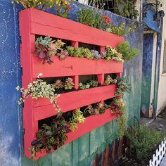 pallet planter art