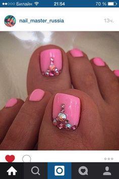 Cute pedicure design more pink toe nails Pedicure Colors, Pedicure Nail Art, Toe Nail Art, Pink Pedicure, Pedicure Summer, Summer Toenails, Nail Nail, Acrylic Nails, Pretty Toe Nails