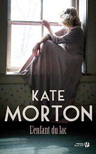 Critiques, citations, extraits de L'Enfant du lac de Kate Morton. Ah, la Cornouaille ! Sa mer aux vagues sonores, ses jardins aux mille ...