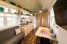 This is the Escape Vintage Tiny House on Wheels that features a downstairs bedroom and a classic design and feel. Tiny House Luxury, Tiny House Big Living, Tiny House Design, Small Living, Tiny Houses For Sale, Tiny House On Wheels, Small Houses, Nice Houses, Traditional Taste