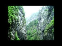 ▶ Ghymes - Tánc a hóban / Erdélyország képekben - YouTube Alps, Basin, Youtube, World, The World, Youtubers, Youtube Movies