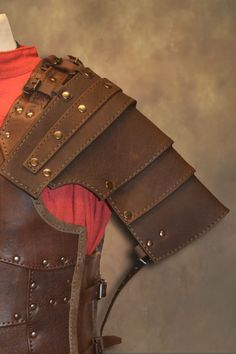 Ulric Leather Shoulder Armour - Brown, Larp Inn- Body - Leather