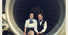 """""""Selfie"""" no ar: fotos em avião viram mania entre comissárias de bordo"""
