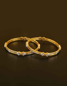 Anuradha Art Jewellery offers beautiful collection of American Diamond Bangles in classic look. You will range of ethnic bangles in and size. To see more designs visit our website: Gold Bangles Design, Gold Earrings Designs, Gold Jewellery Design, Gold Jewelry Simple, Silver Jewelry, Diamond Bangle, Schmuck Design, Range, Classic