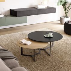 Coffee table design over is a really praiseworthy as well as modern designs. Hope you get the idea or inspiration for your modern coffee table. Wooden Coffee Table Designs, Modern Coffee Tables, Wooden Tables, Decor Interior Design, Furniture Design, Design Tisch, Sofa Tables, Center Table, Cozy House