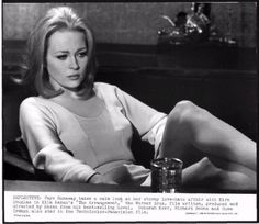 The Thomas Crown Affair Movies Photo - 36 x 28 cm Bonnie And Clyde 1967, Bonnie Parker, Faye Dunaway Movies, The Towering Inferno, Thomas Crown Affair, Straight Guys, Joan Crawford, Movie Photo, Best Actress