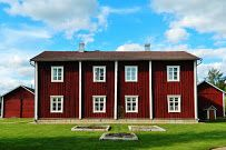 Joupin vanha tupa – Google Maps Finland, Garage Doors, Outdoor Decor, Maps, Homes, Google, Home Decor, Houses, Decoration Home
