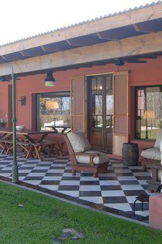 Estilo Craftsman, Craftsman Style Homes, Garage Door Makeover, Exterior Paint Colors For House, Architect House, House Goals, Home Remodeling, House Renovations, Exterior Design