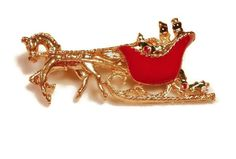 Red holiday sled carriage horse buggy brooch by maggiescornerstore, $13.00