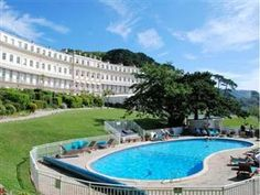Torquay Osborne Hotel United Kingdom, Europe Located in Torre, Osborne Hotel is a perfect starting point from which to explore Torquay. Featuring a complete list of amenities, guests will find their stay at the property a comfortable one. Service-minded staff will welcome and guide you at the Osborne Hotel. Designed for comfort, selected guestrooms offer television LCD/plasma screen, internet access – wireless (complimentary), non smoking rooms, heating, desk to ensure a restf...