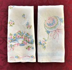 Delicate Linen Finger Tip Towels Vintage by VintageLinenGallery