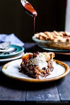 Vegan Bourbon Pecan Pie with a hint of molasses and maple syrup is sure to be a hit at your holiday table! | Christmas, Thanksgiving