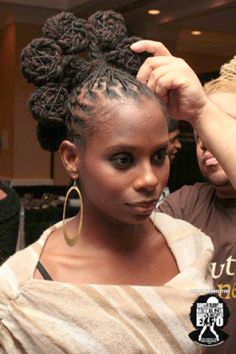 I love bantu knots, but they're hard to wear. This is gorgeous and might tempt me to wear it for a special occasion.