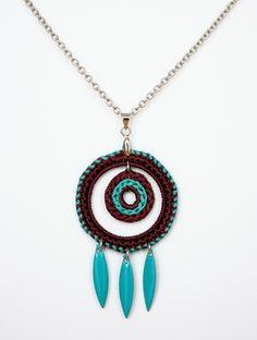 Crochet pendant / necklace