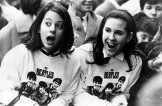 Beatles Fans 1964 xx