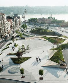 Completed in 2014 in Istanbul, Turkey. Images by Olivve Wimmer. Sishane Park is a bold shift in urban public space in central Istanbul. Located between the southwestern edge of Beyoglu and the highly trafficked. Architecture Jobs, Landscape Architecture Design, City Landscape, Urban Landscape, Design D'espace Public, Design Plaza, Urban Park, Parking Design, Urban Planning