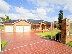 Photo of a brick house exterior from the realestate.com.au Home Ideas Facades image galleries - House Facade photo 999425. Browse hundreds of brick facade designs from Australian homes on Home Ideas.