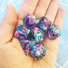 AhCuteTrements (@ahcutetrements) • Instagram photos and videos Tabletop Rpg, Tabletop Games, Playing Dice, Dungeons And Dragons Dice, Dnd Funny, Gremlins, Resin Crafts, Magic The Gathering, Goblin
