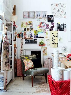Studio/Work Space Inspiration #HomeOffice #OfficeInspiration #MoodBoard
