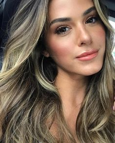 <img> 📍Dallas with x Fletch 💃🏼 DAY 1 Hair & Makeup . SKIN ⚡️ OleHenriksen Banana 🍌 Bright Eyes x dermalogica Super Rich… - Joelle Fletcher, Jojo Fletcher, Dallas, Bright Eyes, Cool Hair Color, Gorgeous Hair, Pretty Hair, Balayage Hair, Haircolor