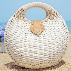 Women's Summer Lady's Stylish Shell Shape Straw Tote Handbags Rattan Beach Bags
